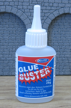 Deluxe Materials Glue Buster (25ml)