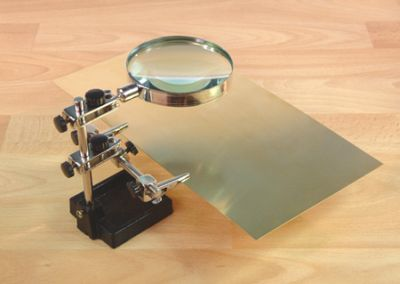 Heavy Duty Helping Hands with Glass Magnifier