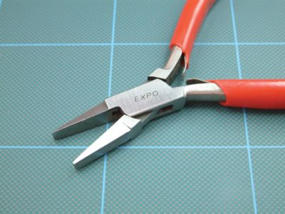 Expo Flat Nose Plier with Plain Jaws 755-61