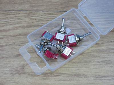 Pack of 5 SPST Miniature switches