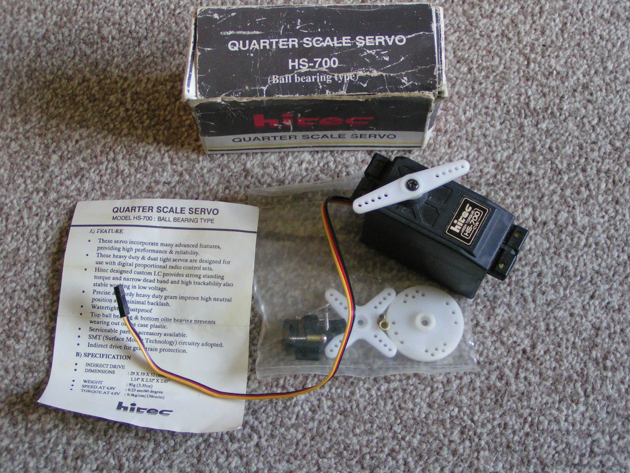 photo of: Second Hand Hitec HS-700 Servo Unused