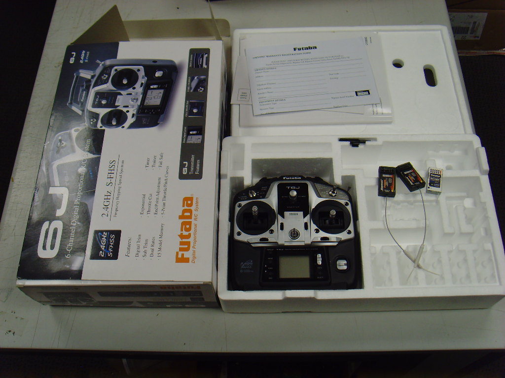 photo of: Second Hand Futaba 6J Transmitter with 3 receivers