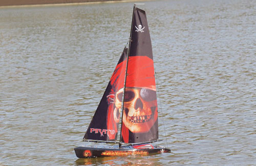 Joysway Pirate Yacht RTR 2.4GHz