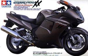 Tamiya 1/12 Honda CBR 1100XX S. Blackbird 14070