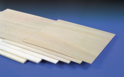 LIGHT PLY 300 x 600 x 2mm (3/32) (GOS)