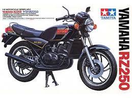 TAMIYA Yamaha RD/RZ250 14002 1:12