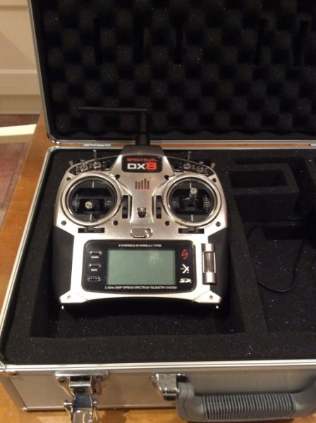 photo of: Spektrum Dx8 With Case