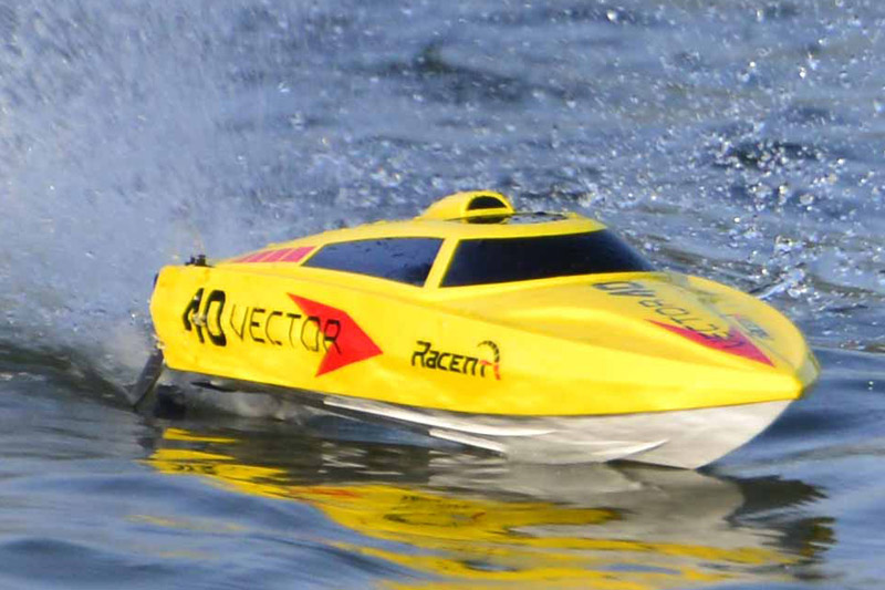 VECTOR 40 RTR BRUSHED BOAT - YELLOW